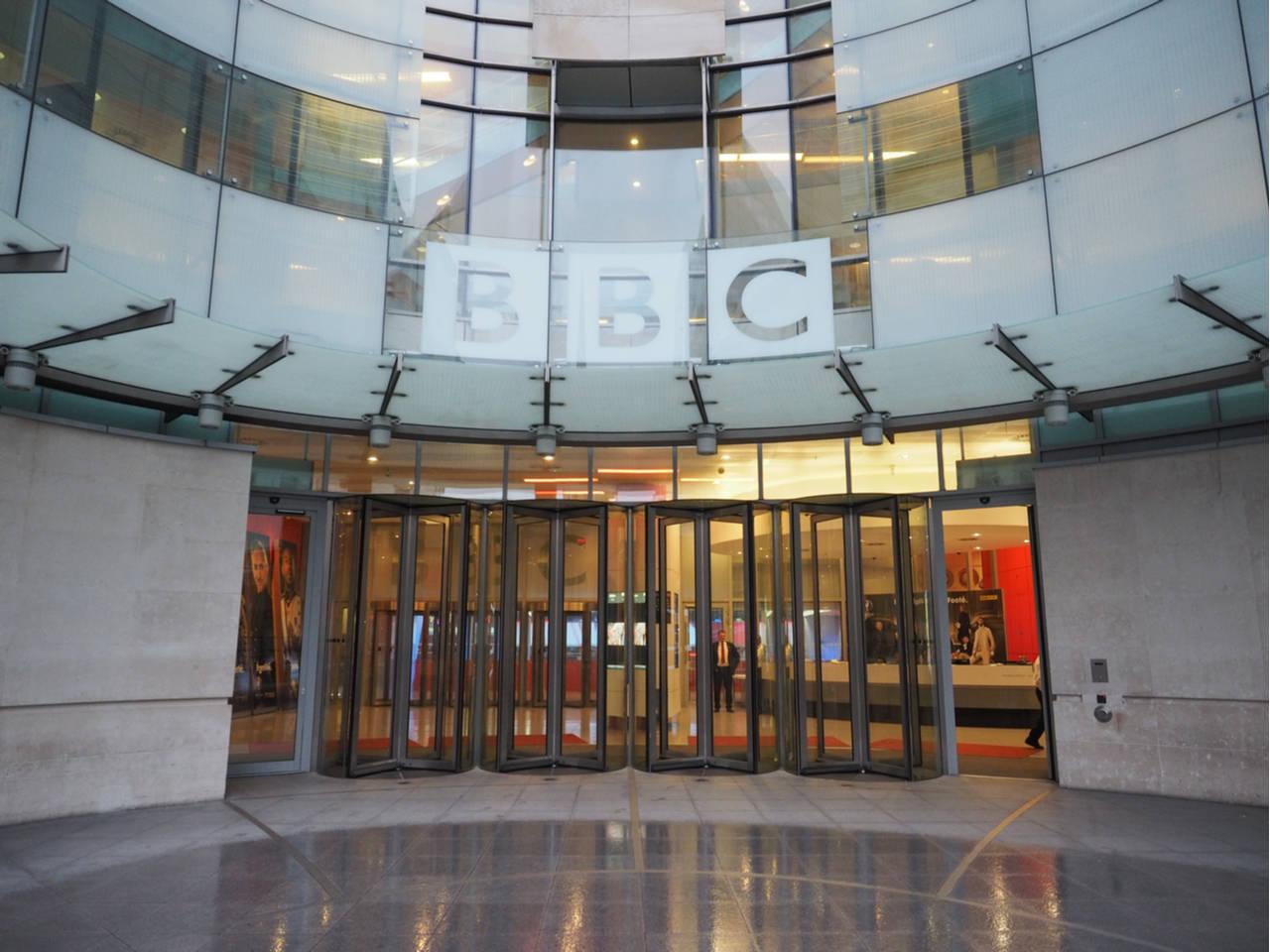 BBC Studios image by Claudio Divizia (via Shutterstock).